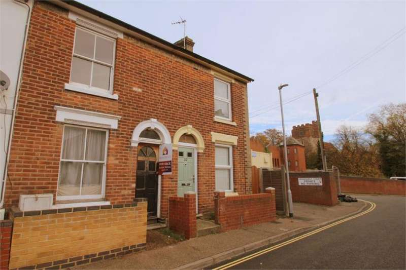 2 Bedrooms Terraced House for sale in Manor Road, Colchester, Essex