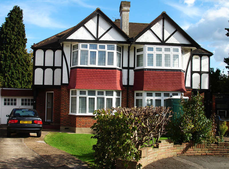 3 Bedrooms Semi Detached House for rent in Austyn Gardens,Surbiton