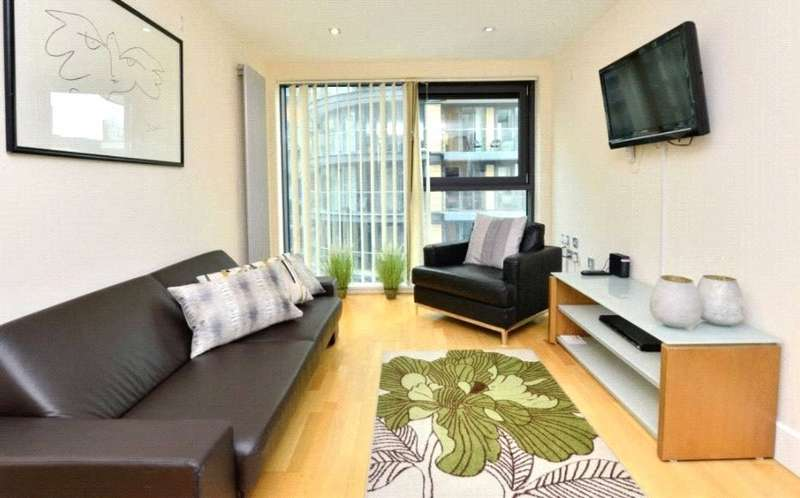 3 Bedrooms Apartment Flat for rent in Millharbour, Canary Wharf, London, E14