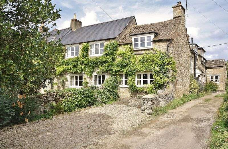 3 Bedrooms Property for sale in Newland, Witney