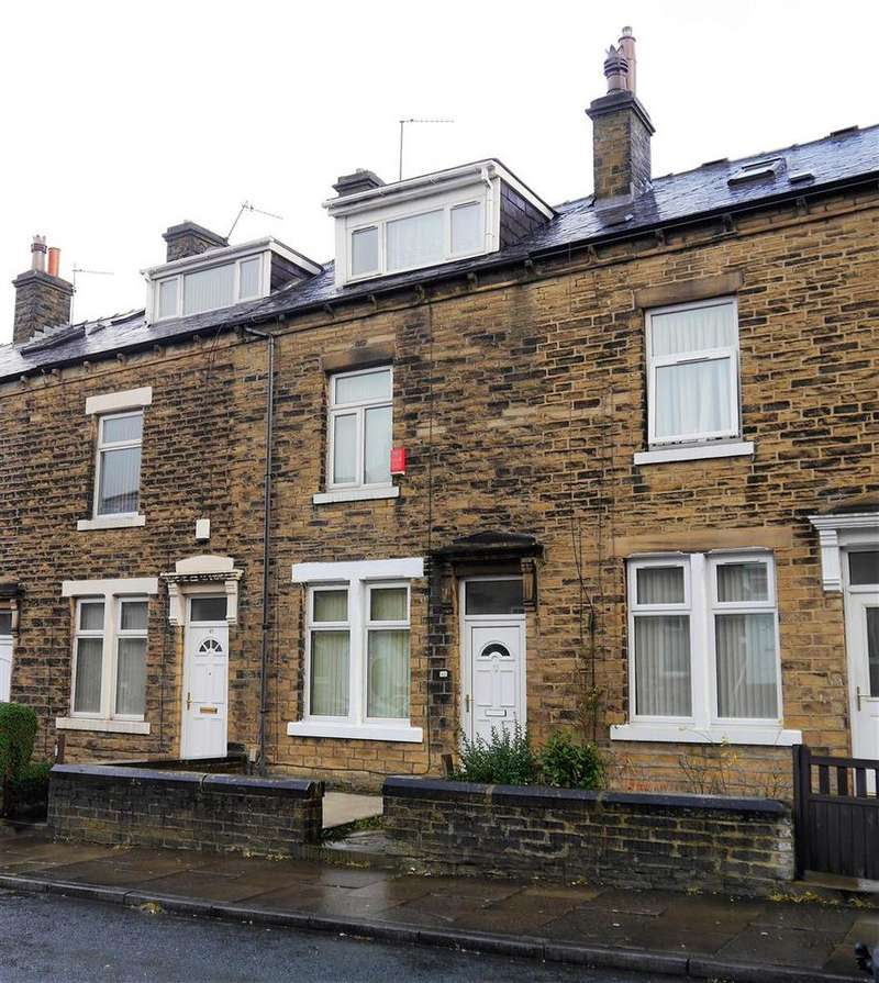 4 Bedrooms Terraced House for sale in Dorset Street, Little Horton, Bradford, BD5 9QP