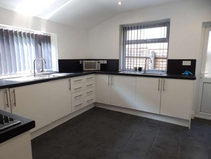 8 Bedrooms House Share for rent in Cross Street, Preston, PR1