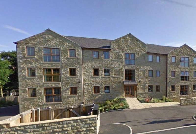 2 Bedrooms Apartment Flat for rent in Brooklands Court, Meltham