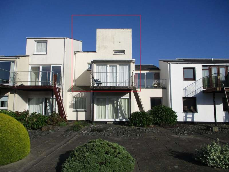 2 Bedrooms Maisonette Flat for sale in South Snowdon Wharf, Porthmadog LL49