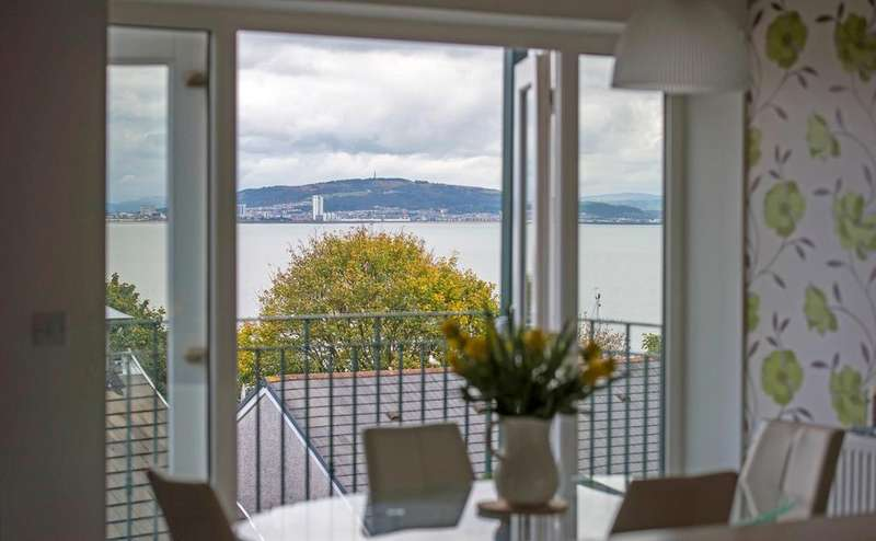 4 Bedrooms Town House for sale in Mumbles