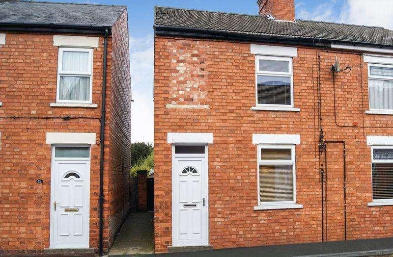 3 Bedrooms Semi Detached House for sale in Milton Street, Balderton