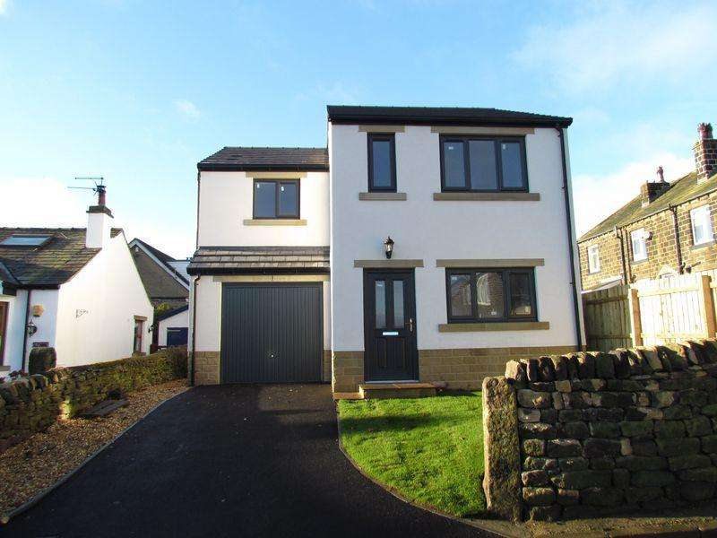 3 Bedrooms Detached House for sale in Sheriff Lane, Eldwick, Bingley