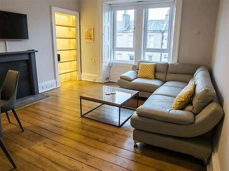 3 Bedrooms Flat for rent in Panmure Place, Edinburgh