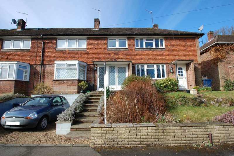 3 Bedrooms Terraced House for rent in Up Corner Close, Silver Hill, Chalfont St Giles, HP8