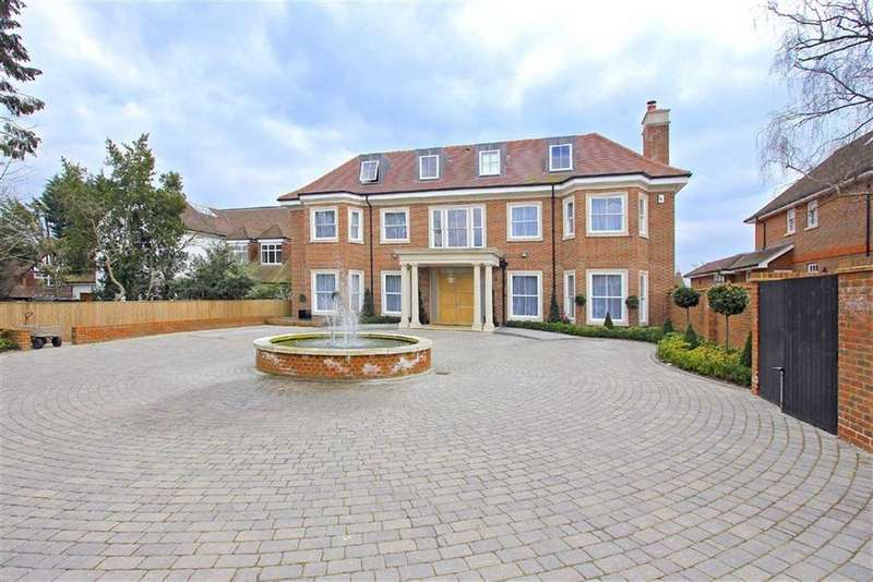 7 Bedrooms Detached House for rent in Beech Hill, Hadley Wood, Hertfordshire