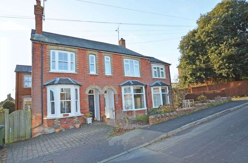 4 Bedrooms Property for sale in Queens Road, Alton