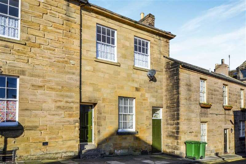 4 Bedrooms Terraced House for sale in St Michaels Lane, Alnwick, Northumberland