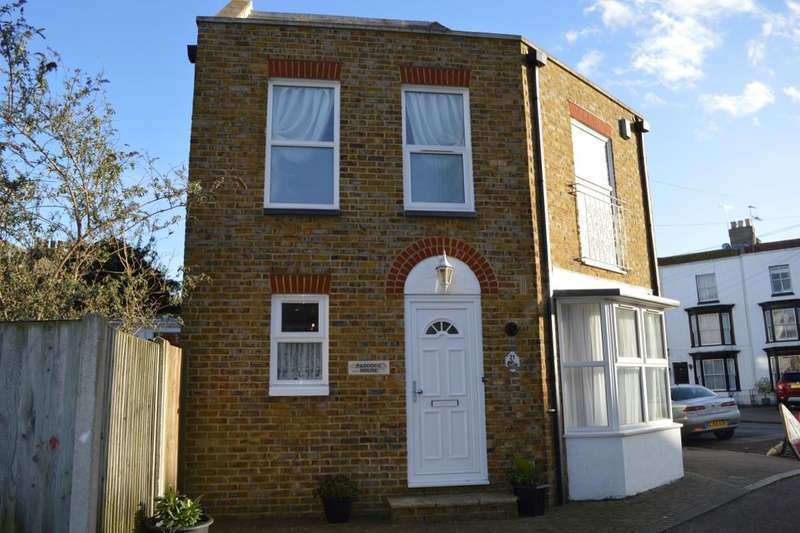 2 Bedrooms Property for sale in Charlotte Square, Margate, CT9