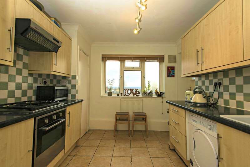 3 Bedrooms Flat for sale in Anerley Road, London, London, SE20