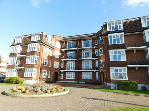 2 Bedrooms Flat for sale in River Court, Portsmouth Road, Surbiton