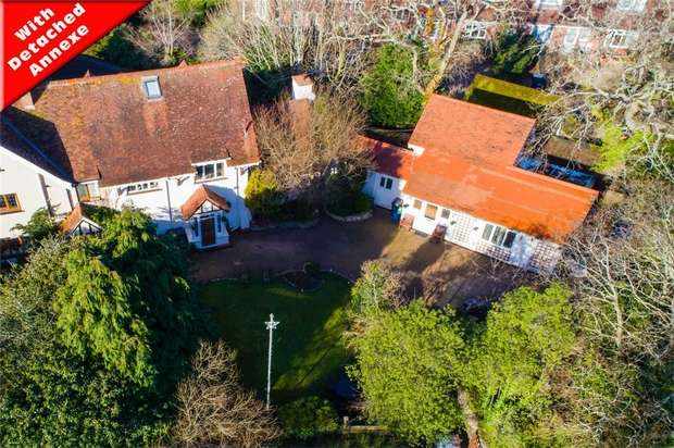 5 Bedrooms Semi Detached House for sale in 29a Cranford Avenue, EXMOUTH, Devon