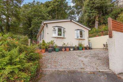 2 Bedrooms Retirement Property for sale in Coombe, Camborne, Cornwall