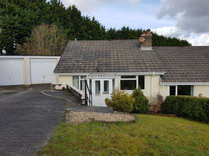 2 Bedrooms Bungalow for sale in St. Cleer, Liskeard, Cornwall