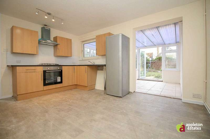 4 Bedrooms Semi Detached House for rent in Park Hill Road, Croydon