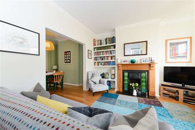 4 Bedrooms Terraced House for sale in Milkwood Road, Herne Hill