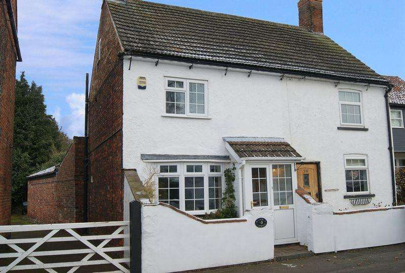 2 Bedrooms Semi Detached House for sale in Main Street, Farndon
