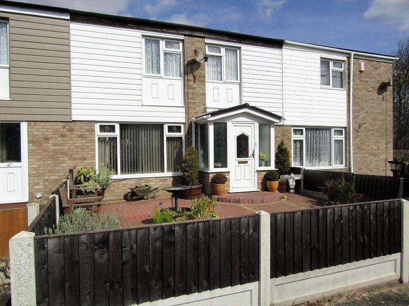 3 Bedrooms Terraced House for sale in Alcotes , Basildon, Essex. SS14 1TW