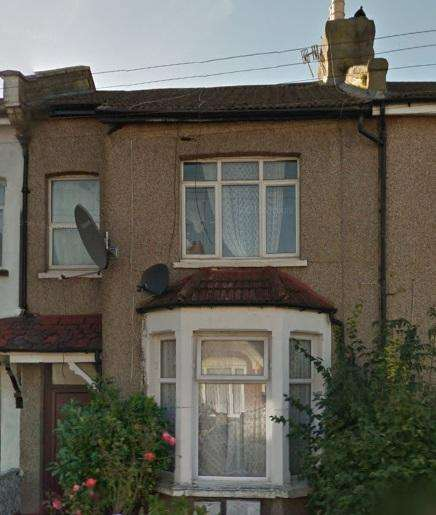 4 Bedrooms House for rent in Tillotson Road, Edmonton