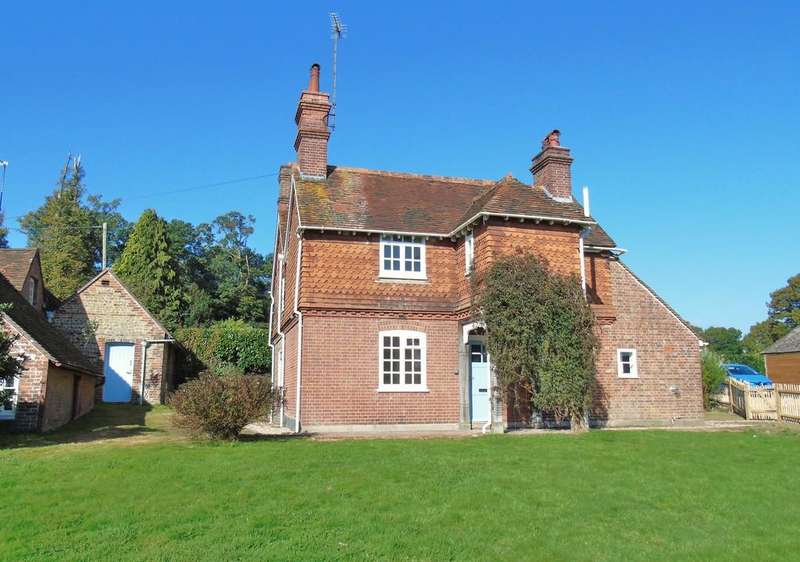 4 Bedrooms Detached House for rent in Balcombe, West Sussex