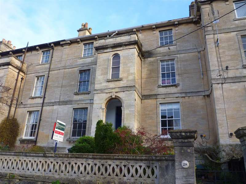 2 Bedrooms Flat for sale in St. Margarets Street, Bradford-On-Avon