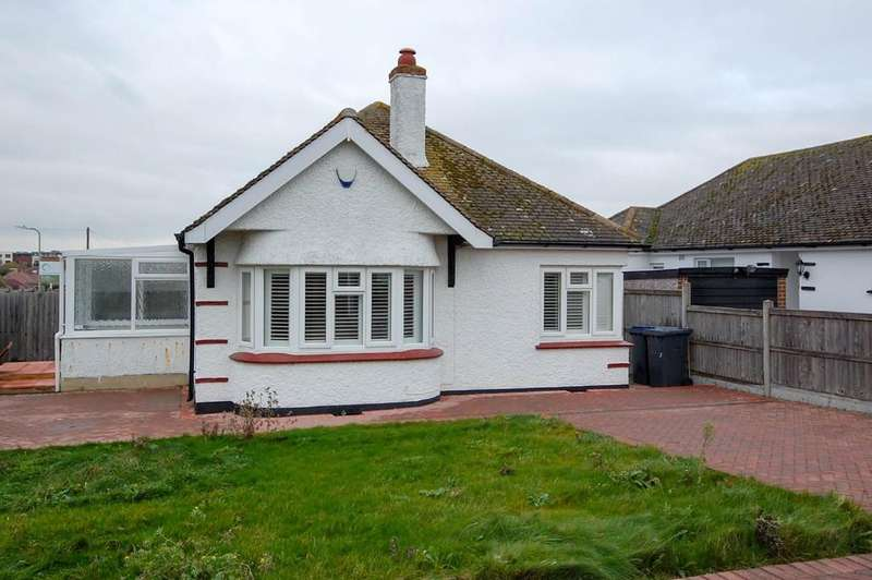 3 Bedrooms Detached Bungalow for sale in Coventry Gardens, Herne Bay