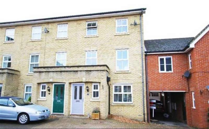 4 Bedrooms Terraced House for sale in Norton Place, Ramsden Heath