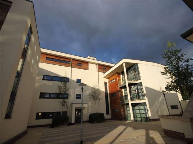 1 Bedroom Flat for sale in Freemans Quay, DURHAM CITY, Durham