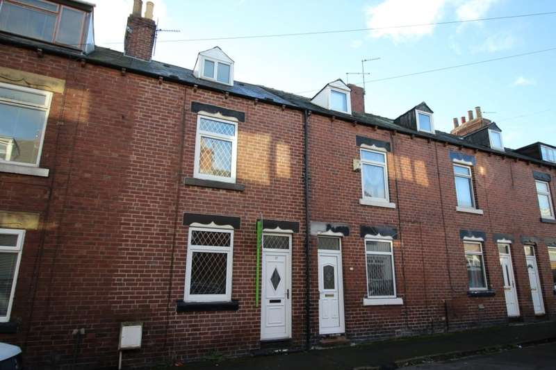 3 Bedrooms Property for rent in Charles Street, Cudworth, Barnsley, S72