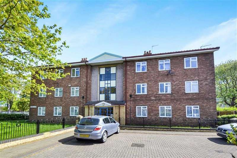 2 Bedrooms Apartment Flat for sale in Redfern Close, Hull