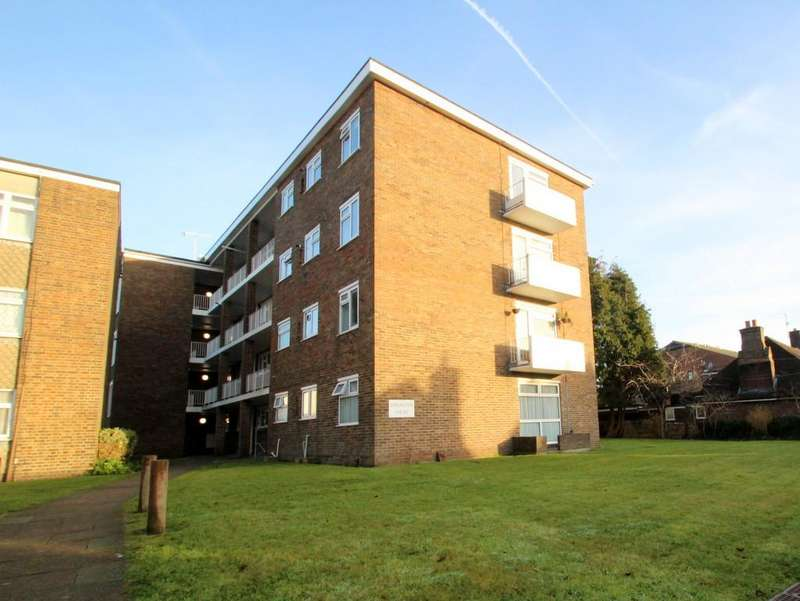 2 Bedrooms Flat for rent in Broadwater Street East, Wothing