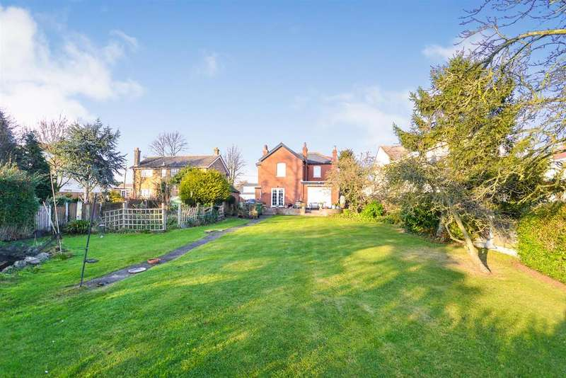 4 Bedrooms House for sale in Burnham Road, Althorne, Chelmsford