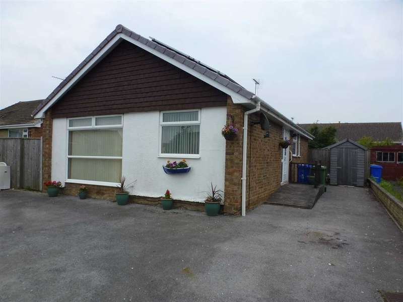 3 Bedrooms Bungalow for rent in Horndale Road, Filey