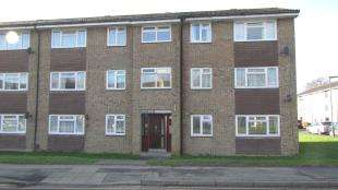 1 Bedroom Flat for sale in Bushfield Drive, Redhill, Surrey