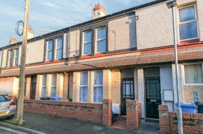3 Bedrooms Terraced House for sale in Balmoral Grove, Rhyl, Denbighshire, LL18