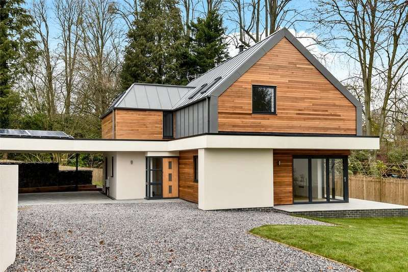 3 Bedrooms Detached House for sale in Winchester, Hampshire