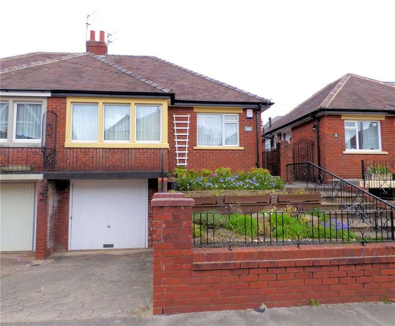 2 Bedrooms Semi Detached Bungalow for sale in Westmorland Avenue, Blackpool, Lancashire