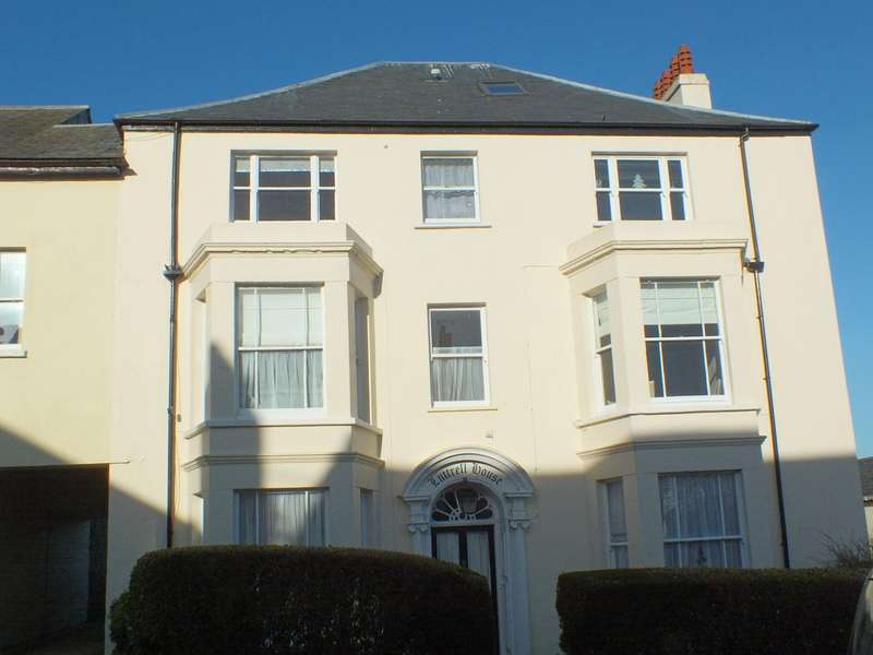 1 Bedroom Flat for sale in The Street, Charmouth DT6 6PE
