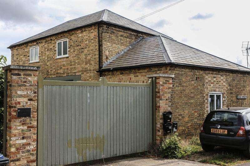 1 Bedroom Apartment Flat for sale in Church Lane, Wilburton