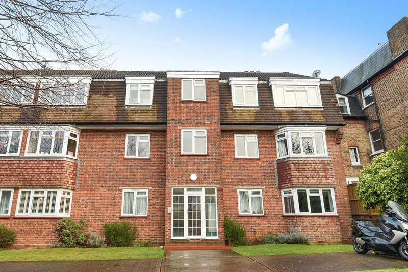 2 Bedrooms Flat for sale in Woodfield Avenue, Streatham