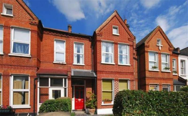 3 Bedrooms Flat for sale in Barry Road, East Dulwich, London, London, SE22