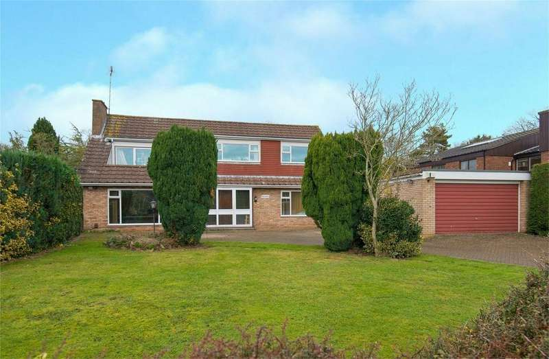 5 Bedrooms Detached House for sale in Pasture Road, Letchworth