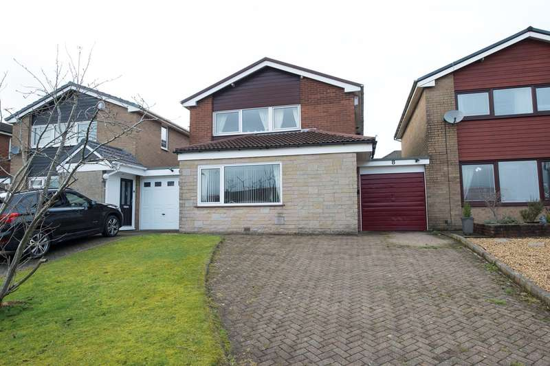 3 Bedrooms Link Detached House for sale in Osborne Close, Bury, BL8