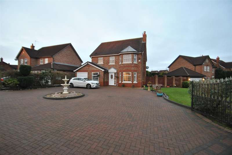 4 Bedrooms Detached House for sale in Pewterspear Green Road, APPLETON, Warrington