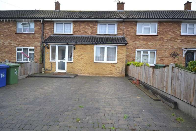 3 Bedrooms Terraced House for sale in Longhouse Road, Chadwell St Mary, RM16
