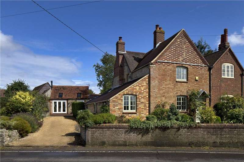 3 Bedrooms Semi Detached House for sale in The Hill, Garsington, Oxford, OX44